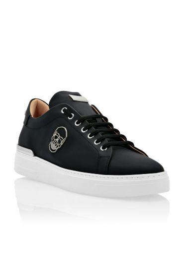 נעלים אופנה Lo Top Sneakers Skull